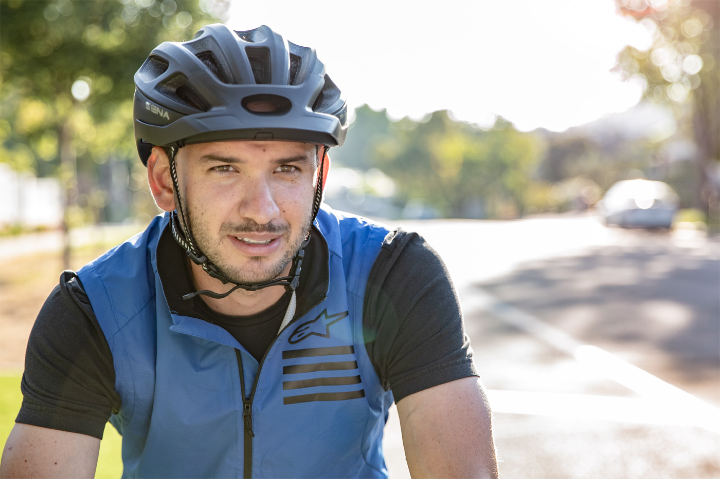 R1 Smart Cycling Helmet